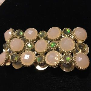 Coral/green stretch bracelet